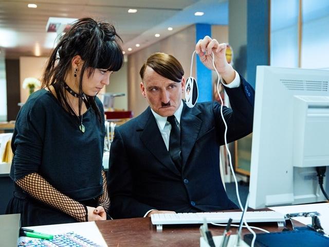 越禁忌越快樂  帖木兒.魏穆斯《希特勒回來了!》