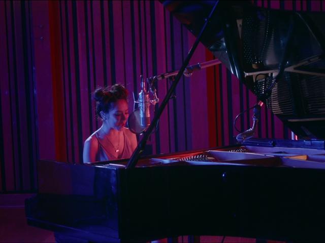 鄧紫棋洛杉磯琴人合一 彈古琴喊神奇