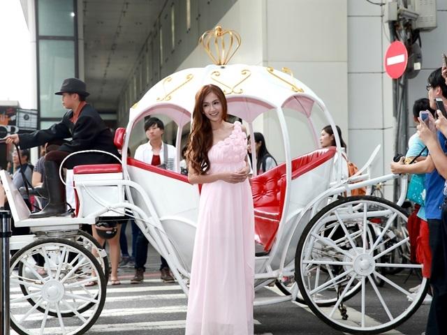 翁滋蔓化身公主搭馬車 渴望尋找Mr.Right