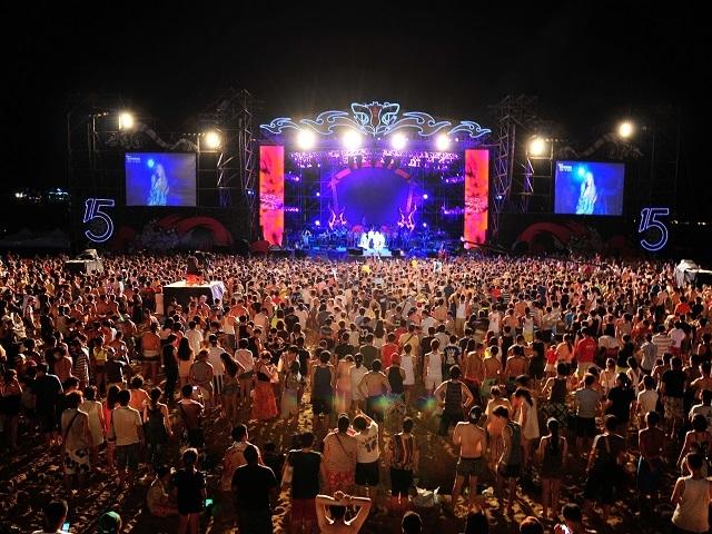 每到夏天就要去海邊!2016貢寮國際海洋音樂祭正式起跑