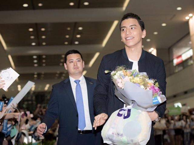 王大陸赴韓宣傳電影 愛的抱抱融化韓粉