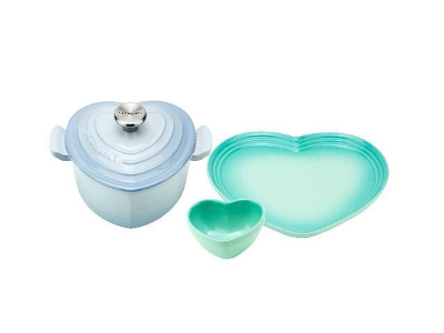 鑄鐵小愛心組: 鑄鐵愛心鍋16cm+心形碗盤組  特價8980 原價13380 (8月1日起,完售為止)