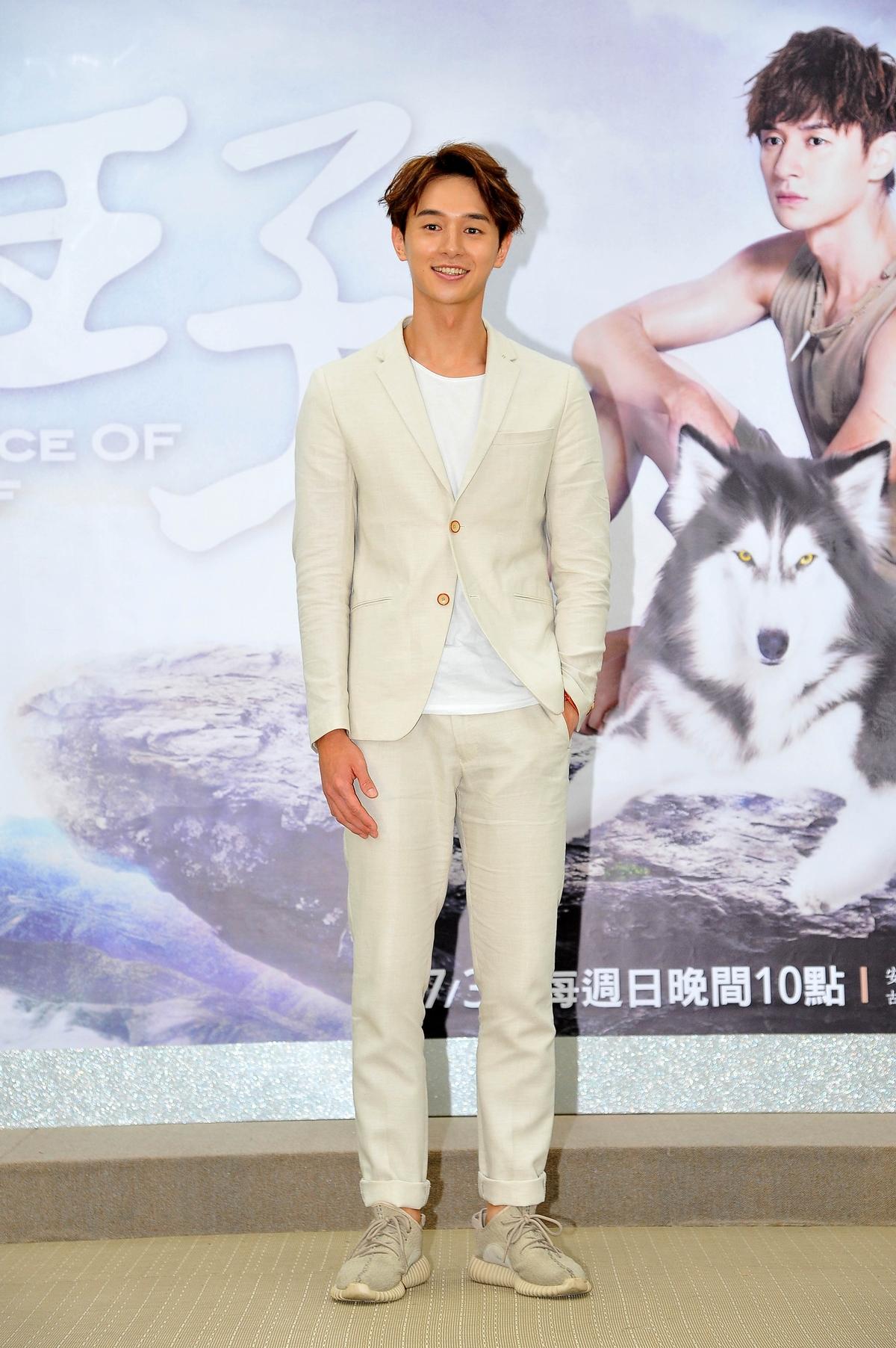 24歲小鮮肉張軒瑞挑大樑在《狼王子》擔任男主角