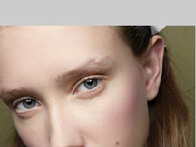 從腮紅下手就對了〜白皙膚色艷夏裡的最佳助力,就是從笑肌頂點刷上腮紅