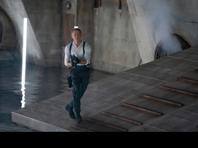雷米馬利克《007生死交戰》超殺大反派! 嗆聲龐德準備接受挑戰