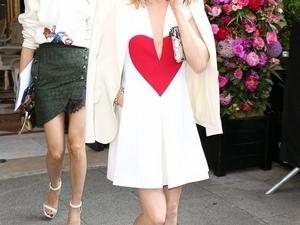 征服紐約第一名媛的愛鞋!盤點Olivia Palermo到底有幾雙Jimmy Choo的 Gala平底鞋