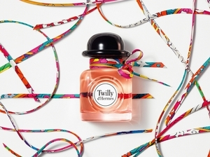 入手之前一定要先懂得愛馬仕Twilly d'Hermès淡香精的幽默!原來「 剪一半的樂趣」靈感來源這麼特別好玩!