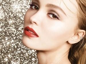 四款聖誕限量小紅管唇膏,真的美到不行,每支擦起來都讓唇部「超炫耀的」啦