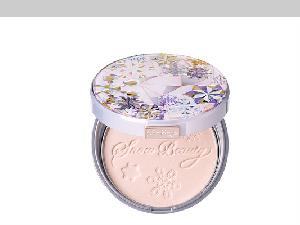 啟動你的女神模式,包辦定妝與保養,擦上這一款香氛魔法盒就對了