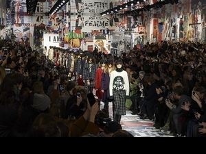 Dior 2018秋冬大秀 用革新思想和女權呼聲打造真我