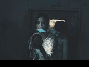 陳庭妮拍驚悚片受驚 對黑影暗飆髒話