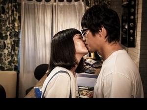 藍正龍走音告白 楊丞琳吻完秒變歌唱老師