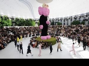 Kim Jones :「日本對我來說充滿奇幻魅力」宣布首場男裝早秋大秀將於東京舉行
