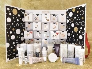 25天抗老秘技都在這盒! Sisley 訂製2018倒月曆  只能開箱聞香,希望明年能販售!