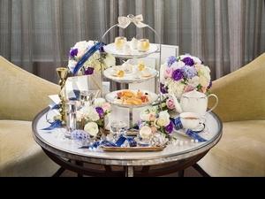 快約姊妹來東方文華當貴婦〜肌膚之鑰推出的下午茶饗宴,每一個都精緻的好像藝術品,真的捨不得吃