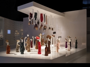 Musée Delvaux 包包的異想世界