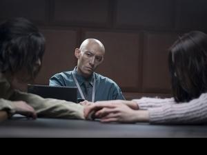 張震為《緝魂》摔到快內傷 隔空喊話導演:「拍戲不能這樣拍!」