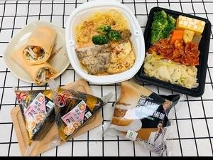 年後鏟肉!全家「大飯糰銀鮭蒸蛋白、黑胡椒植物肉蛋堡、辛辛炒韓式豚餐盒」等5種「健康志向系列 」新品 美味又健康