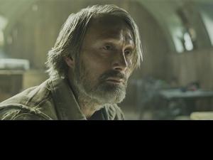 跨足漫威、星戰、007宇宙的辣個男人! 丹麥影帝「中二魂」爆發想演「銀髮」蜘蛛人