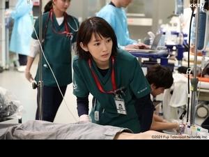 波瑠揪田中圭披白袍 上演日版「機智醫生生活」