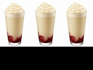 韓國星巴克熱賣的「法式草莓泡芙風味星冰樂」台灣直接外送到家!4款夏季新飲品推薦,療癒WFH的自己