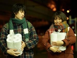 急速熱戀後的現實人生!菅田將暉、有村架純譜《花束般的戀愛》共鳴度滿點