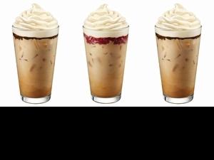 星巴克七夕限定「法式草莓、巧克力泡芙風味那堤」上市!人氣口味+濃縮咖啡,每口都是愛情滋味啊