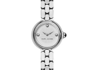 調皮小女孩變成熟女人!Marc Jacobs 正副牌整合後首度推出全新錶款
