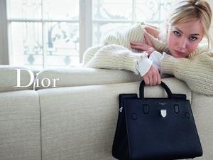 珍妮佛‧羅倫斯:舒服就很迷人! 慵懶演繹Dior 2016春季風情