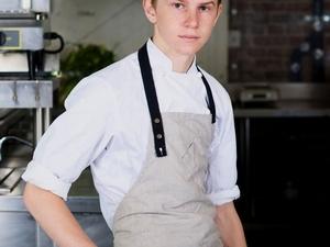 真正的小小廚神!15歲登上紐時餐飲雜誌封面、美國餐飲權威雜誌《Zagat》評為最年輕的得獎者—料理界的小賈斯汀Flynn McGarry