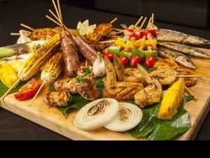 西華飯店「萬國烤肉匯」,輕鬆吃遍各地燒烤美味