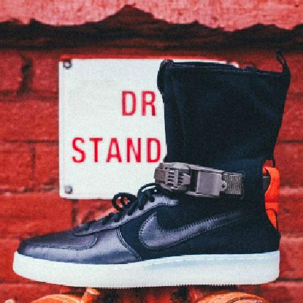 整條街就你最搖擺!NikeLab AF1 Downtown x Acronym讓你又帥到直接分手啦!