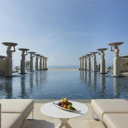 在「亞洲第一海灘度假村」,極致私密與奢華的海島假期