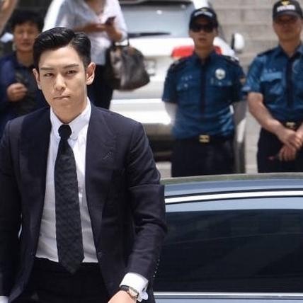T.O.P鞠躬道歉「是我太愚蠢」 求刑10個月緩刑2年