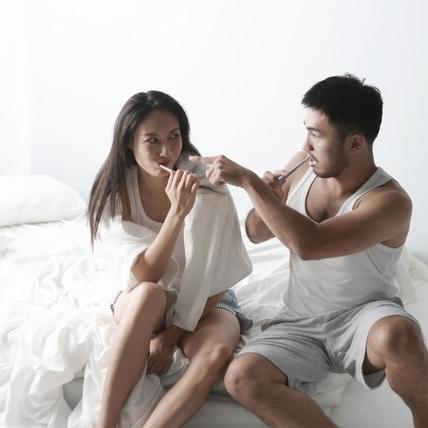 羞! 林欣甫床上騎辣模 動太慢女方要求自己來