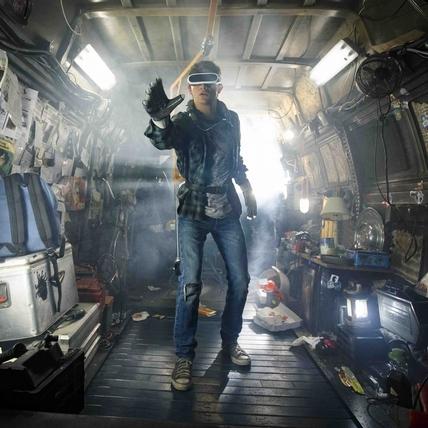 《一級玩家》打造虛擬戰場 鋼彈、春麗、鬼娃恰吉全入鏡