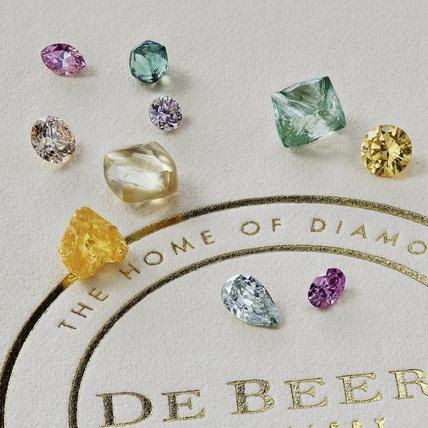 彩鑽、珠寶的瑰麗紅毯 De Beers 旗艦店高級珠寶展閃耀101