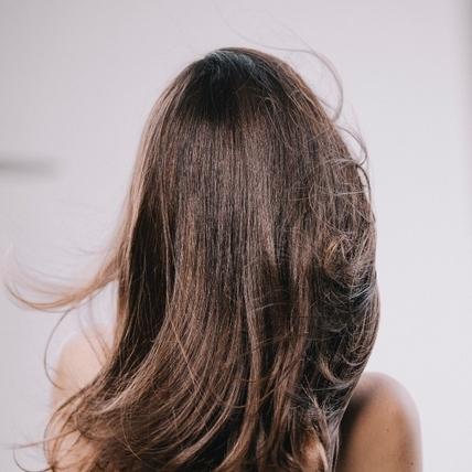 解除頭皮早衰危機,不要只顧頭髮不管頭皮了啦