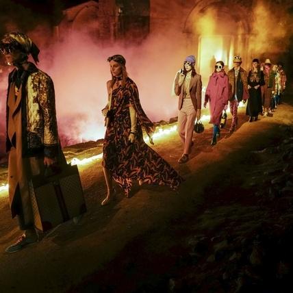 GUCCI 2019早春大秀 古羅馬墓穴裡的迷幻世界