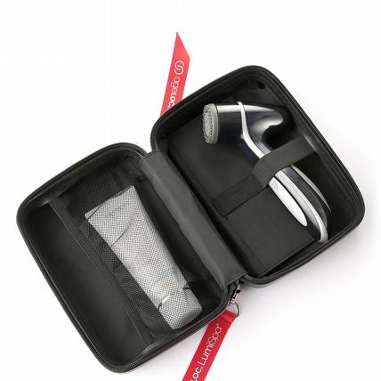 專屬型男、文青的保養神器─《LumiSpa新動機-黑旋風限量版》,油性肌救星的強效型導頭,把你在意的鼻頭粉刺暗沉一掃而光