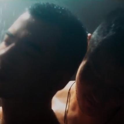 同志片《紅樓夢》國際版預告曝光 JR男男交纏共浴