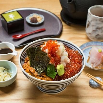 東京最受歡迎的海鮮丼 黃金比例打造海鮮珠寶盒