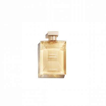 疊香才是高招,香奈兒的嘉柏麗香水推出身體系列,單用疊用都耐人尋味!