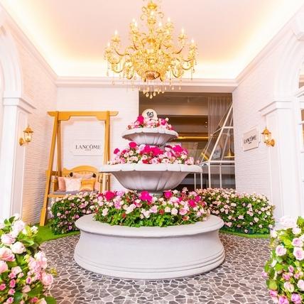 這種幸福與浪漫只有蘭蔻做得到,萬朵玫瑰花園讓所有女人都融化在這裡!