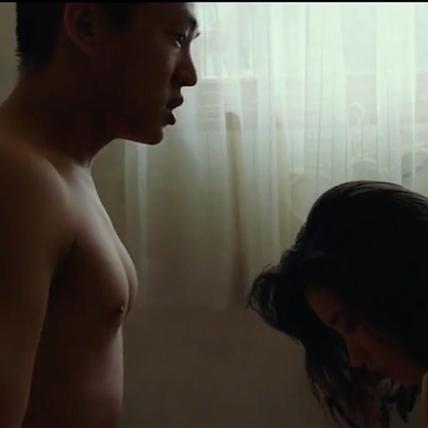 劉亞仁《燃燒烈愛》紅到法國 觀眾緊盯壯胸肌直呼帥