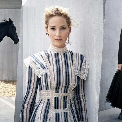 化身優雅女騎士!珍妮佛勞倫斯演繹 DIOR 2019 早春度假系列,為女性寫下全新的定義