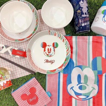 迪士尼一哥飄台味!全家米奇90周年集點再推新品,夜市風上身