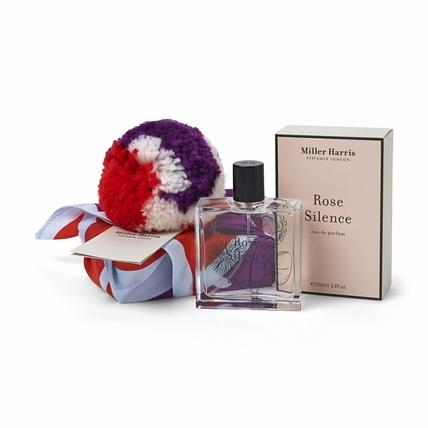 【選我選我】買禮物沒靈感?Miller Harris的限量香氛有夠可愛,茸茸毛球加上絲巾包裝,真的讓香氛迷神昏顛倒