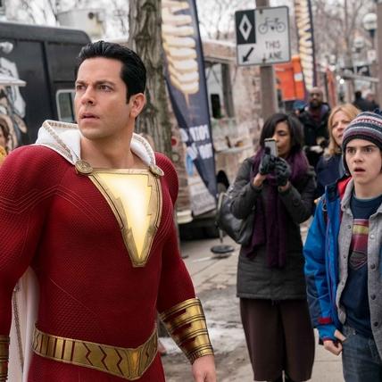 小屁孩秒變超級英雄 DC最中二的《沙贊!》另類登場!