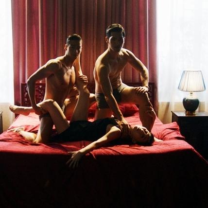 吳可熙3P床戲任人擺! 《血觀音》性愛戲經驗寫進劇本